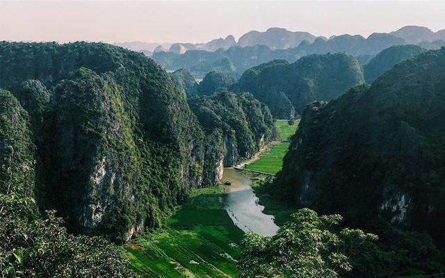 Những địa điểm nên đi dù chỉ một lần trong chuyến du lịch Ninh Bình